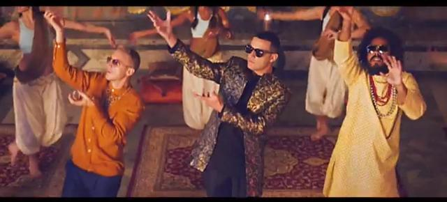 A still from the video Lean On.