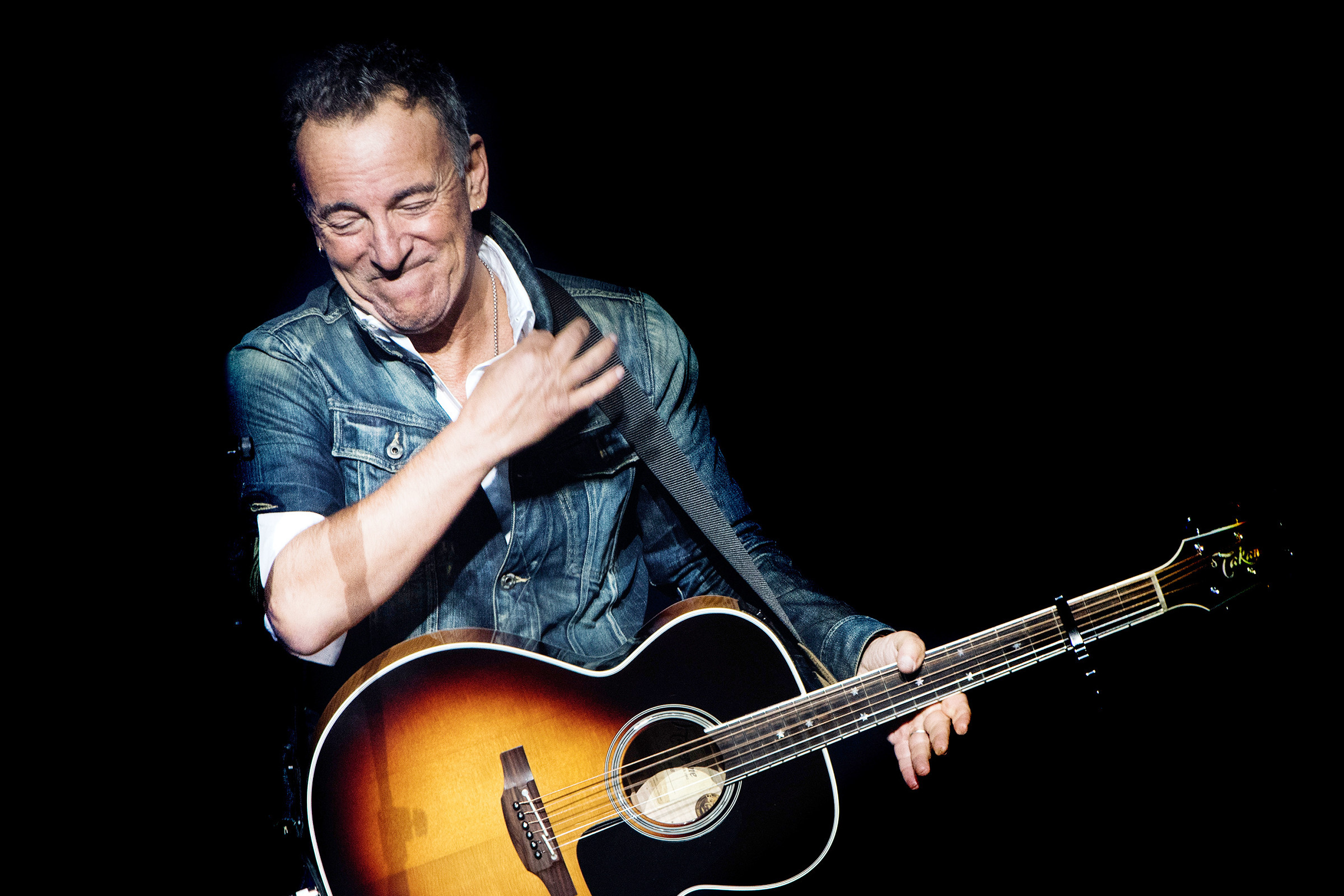 is bruce springsteen dropping hints about a new album. Black Bedroom Furniture Sets. Home Design Ideas