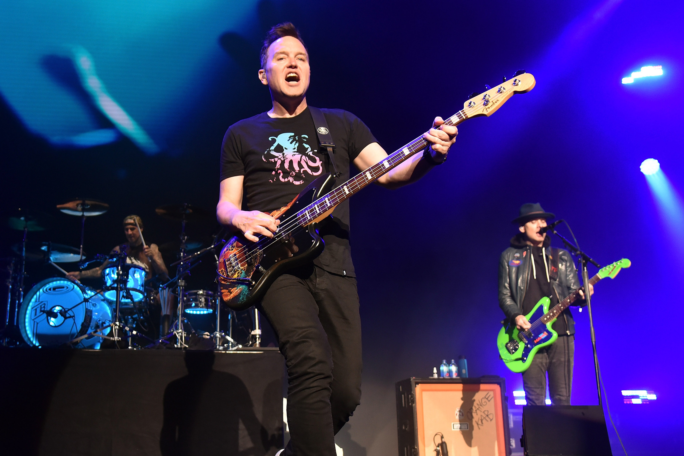 Blink-182 to Perform 'Enema of the State' Straight Through ...