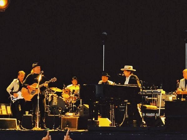 Bob Dylan and Neil Young perform together in Kilkenny